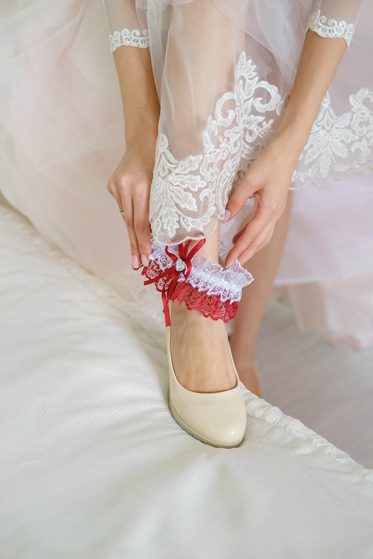 Свадебный Фотограф Запорожье Маша Рихтер подвязка туфли