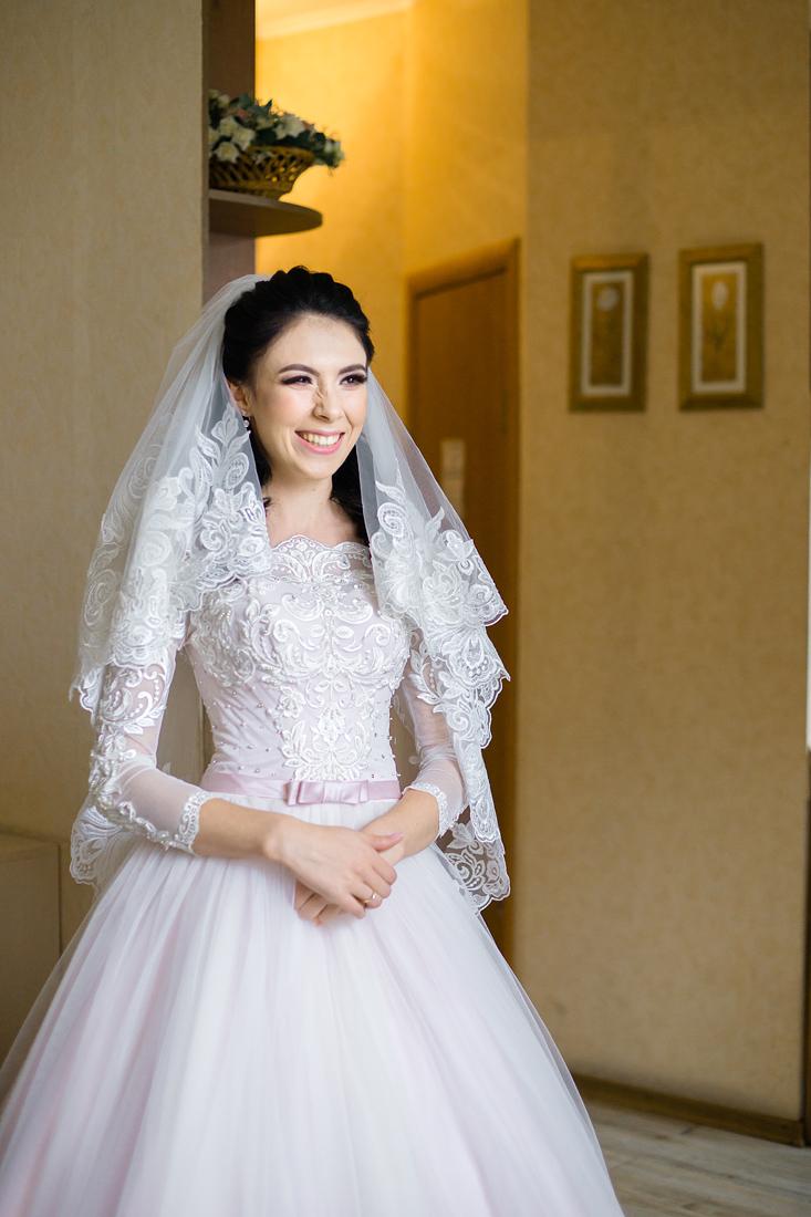 Свадебный Фотограф Запорожье Маша Рихтер невеста ждет