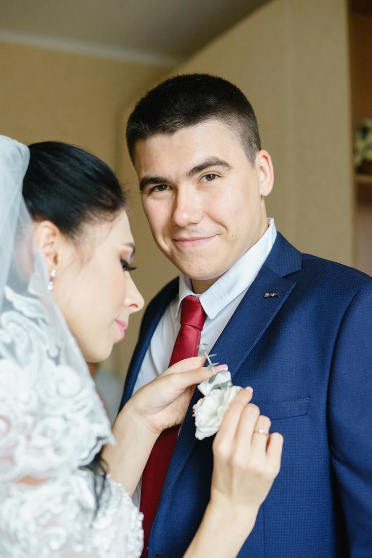 Свадебный Фотограф Запорожье Маша Рихтер свадьба Бутоньерка жених