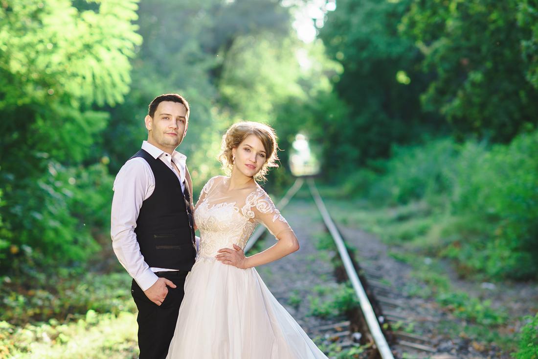 Фотограф Запорожье на свадьбу перспектива рельсы